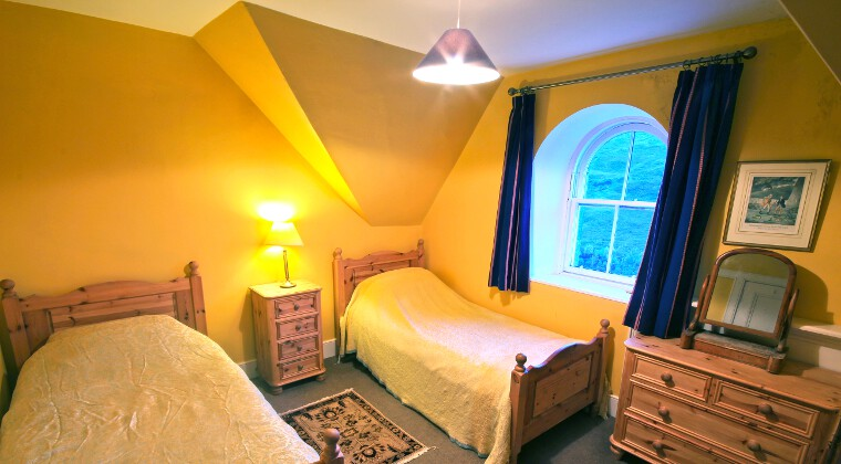 Glencarron Lodge Twin Bedroom