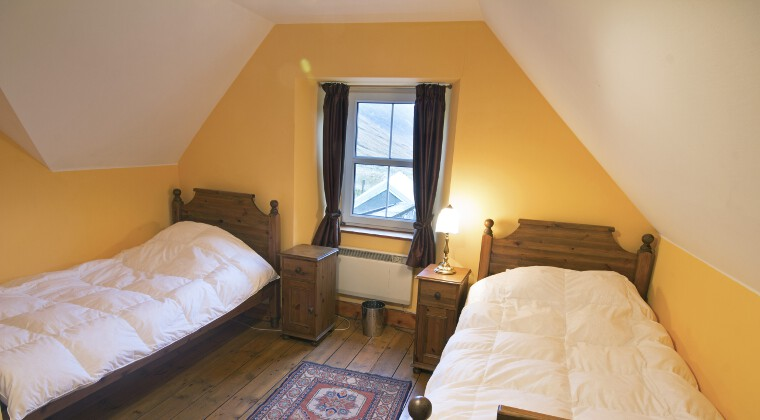 Glenuaig Twin Bedrooms